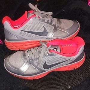 Like new Nike Lunar Victory II training shoe